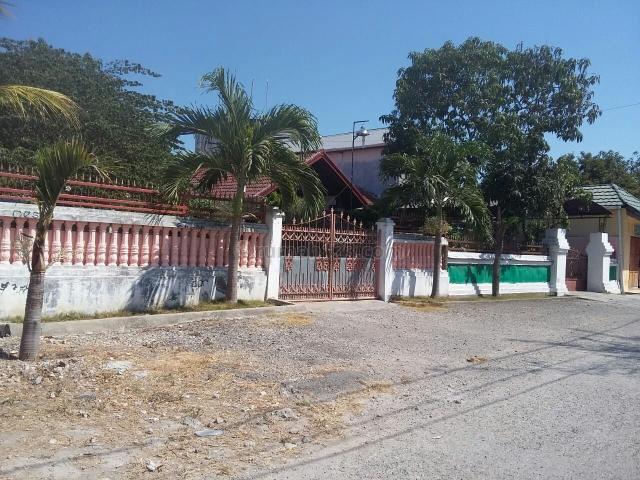 Rumah dan Tanah Luas di Kupang, Kupang Barat, Kupang