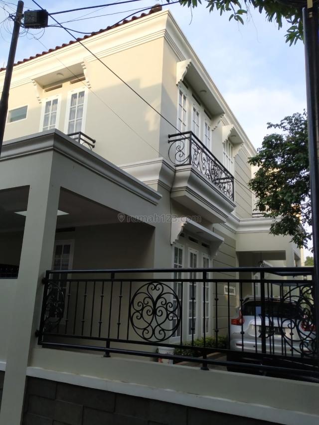 Rumah Mewah Dan Sterategis, Duren Sawit, Jakarta Timur