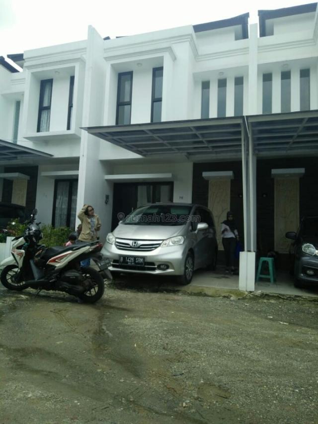 rumah baru tingkat plus ac tiga unit minimalis, Ciputat, Tangerang