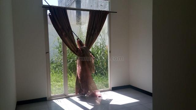 Rumah Siap Huni Dekat Tol Seroja di TKI, Bandung, Kopo, Bandung