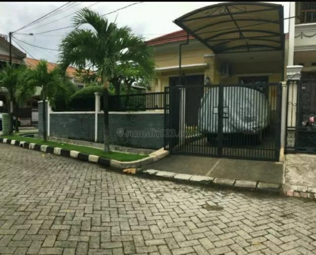 Rumah sangat terawat,letak strategis dan siap huni, Duri Kosambi, Jakarta Barat
