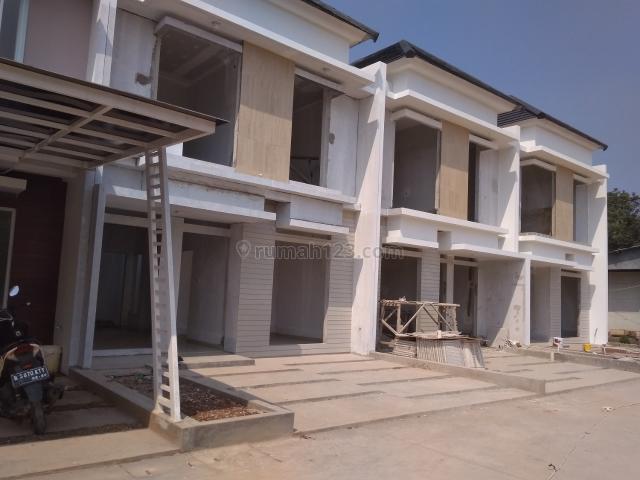 Jatiasih Jatiluhur Rumah Minimalis Dan Bonus Canopy 2 Carport, Jati Luhur, Bekasi