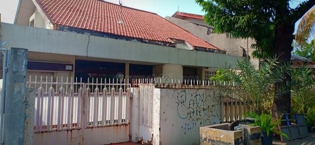 Rumah Kayu Putih 14,5x22,2m 1,5lantai, dkt Rawamangun, Kayu Putih, Jakarta Timur