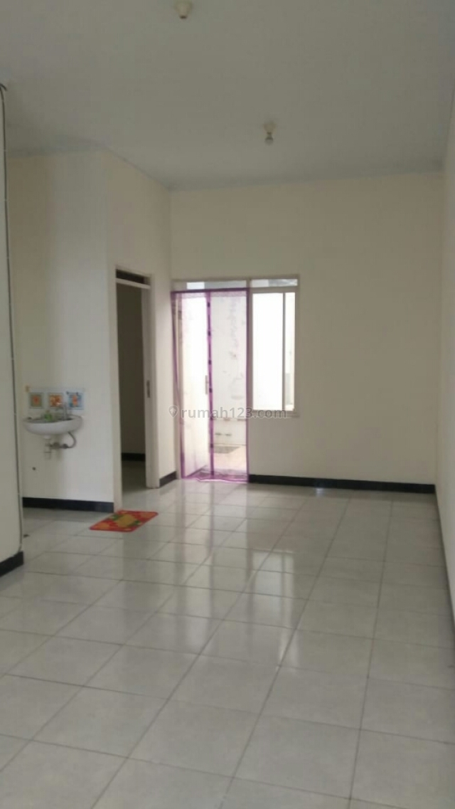 Rumah Terawat Asri Nyaman Untuk Ditinggali, Kopo, Bandung