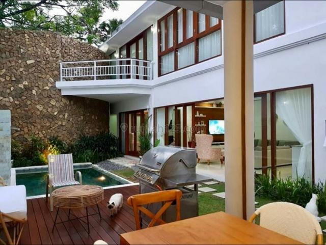 Villa luxury siap Huni Super langka Di kerobokan Kelod Badung Bali, Kerobokan Kelod, Badung
