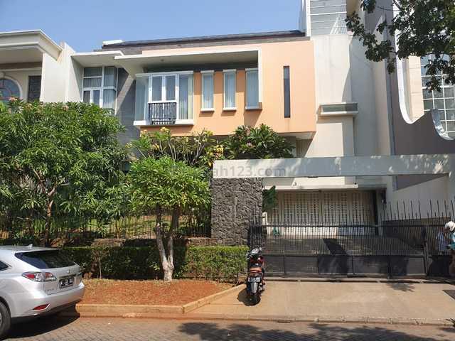 Rumah 2 Lantai Modern dan Luas, Harga Nego  di PIK Jakarta Utara, Pantai Indah Kapuk, Jakarta Utara