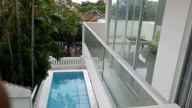 Villa Baru Minimalis siap Huni Di petitenget /seminyak Badung Bali, Petitenget, Badung