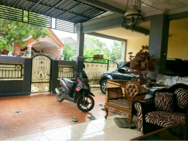 Rumah Siap Huni Murah 650 Juta Nego LT 160/LB 120 di Villa Mutiara Gading 3 Taman Kebalen Bekasi, Kebalen, Bekasi