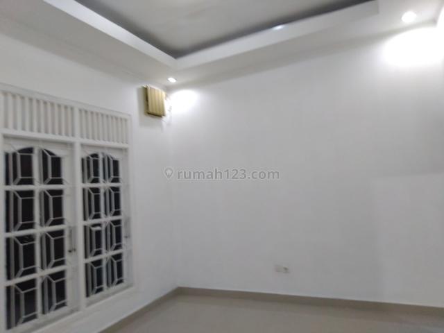 Rumah 1 lantai Komplek MPR Cilandak Cipete Jakarta Selatan, Cilandak, Jakarta Selatan