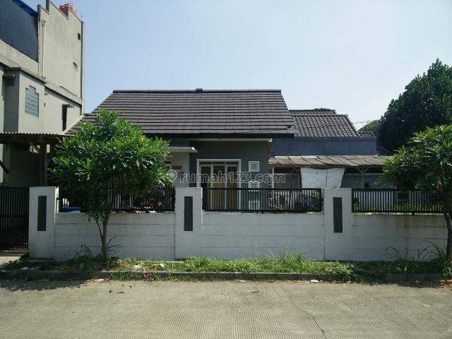 Rumah lahan luas taman holis indah 1, Holis Cigondewah, Bandung