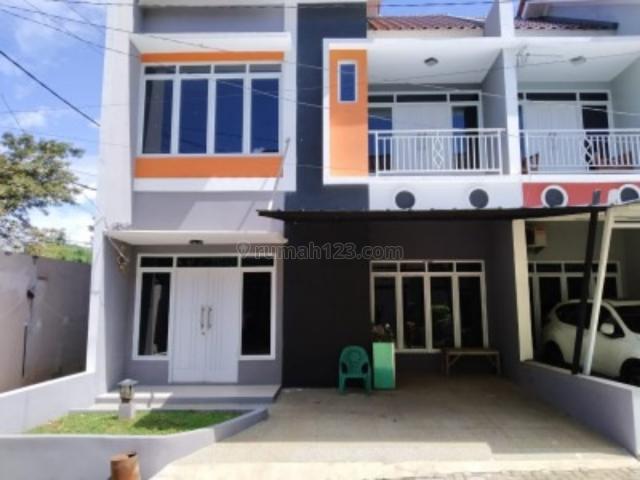 Hunian Exclusive 2 lantai Mewah Dan Murah Dipedurenan Bekasi, Padurenan, Bekasi