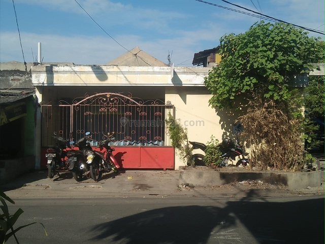 Rumah Nyaman Asri di Jalan Asemrowo, Asemrowo, Surabaya