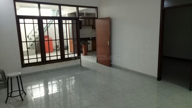 Rumah Siap Huni Wilayah Strategis Kembar, Regol, Bandung