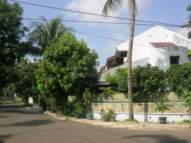 Jl. RInjani Cibubur, Cibubur, Jakarta Timur