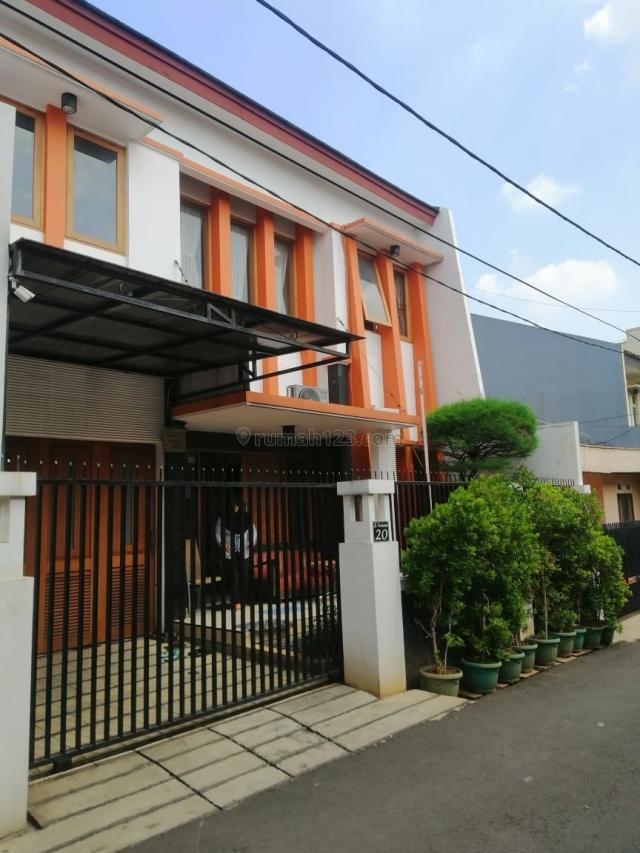 Rumah sekneg Dekat permata hijau Senayan city Plaza senayan, Permata Hijau, Jakarta Selatan