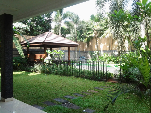 Big House In A Compound,beautiful,modern,quiet,close To Ais, Kemang, Jakarta Selatan