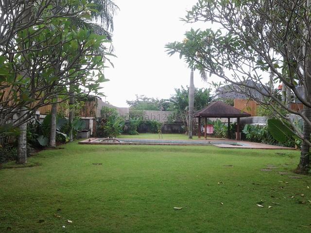 Big Garden,beautiful,quiet,comfortable,expat Environment, Kemang, Jakarta Selatan