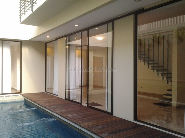 Brand New,in A Town House,modern,close To Ais and  Hero Kemang, Kemang, Jakarta Selatan