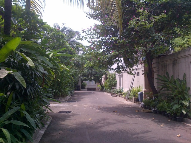 Nice House In A Town House,quiet,comfortable,strategic, Kemang, Jakarta Selatan