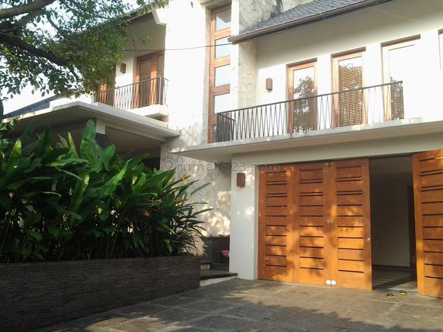 Nice House,comfortable,close To Jis Pondok Indah & Citos, Cilandak, Jakarta Selatan