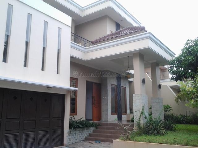 Nice House,luxurious,quiet,comfortable,close To Ais, Kemang, Jakarta Selatan