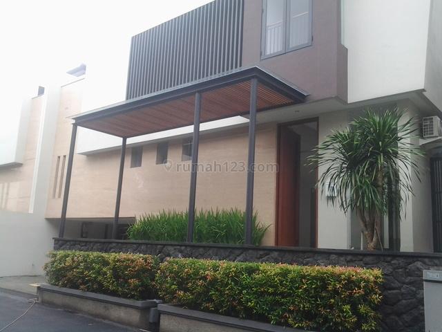 Brand New In A Town House,close To Itc Fatmawati & Jis, Cipete, Jakarta Selatan