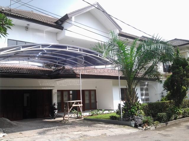 nice house,quiet,beautiful in the town House,near Dutch School, Cilandak, Jakarta Selatan