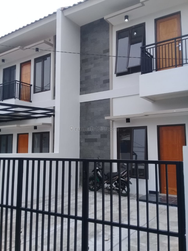 Rumah 2 Lantai di Grand depok City Depok, Cilodong, Depok