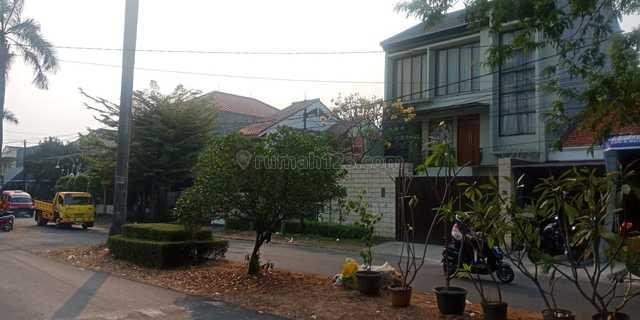 Rumah Mewah 3 Lantai Di Jalan Utama Sektor 2 Bintarojaya DKI Selatan, Bintaro, Tangerang