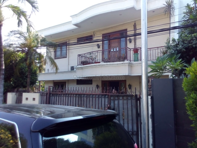 Rumah mewah modern di Kelapa Gading lokasi oke, Kelapa Gading, Jakarta Utara