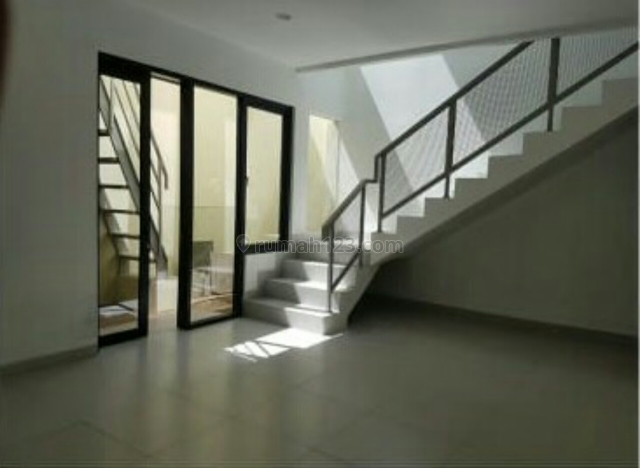 Rumah Minimalis Modern Wilayah Strategis, Terusan Buah Batu, Bandung