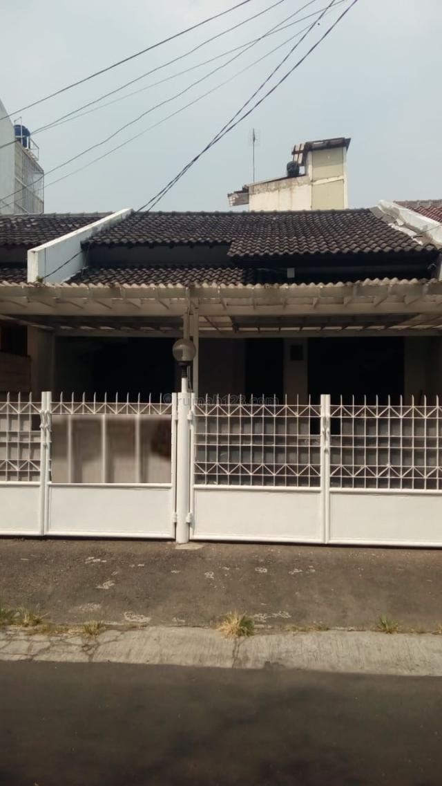 Rumah Di Pondok Indah, Pondok Indah, Jakarta Selatan