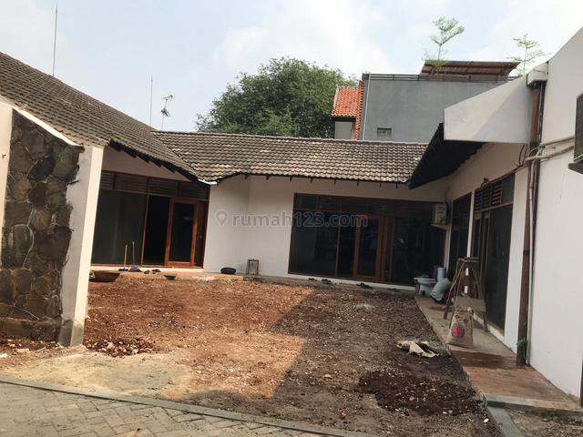Rumah strategis cocok utk perkantoran daerah Warung Jati Ragunan, Ragunan, Jakarta Selatan
