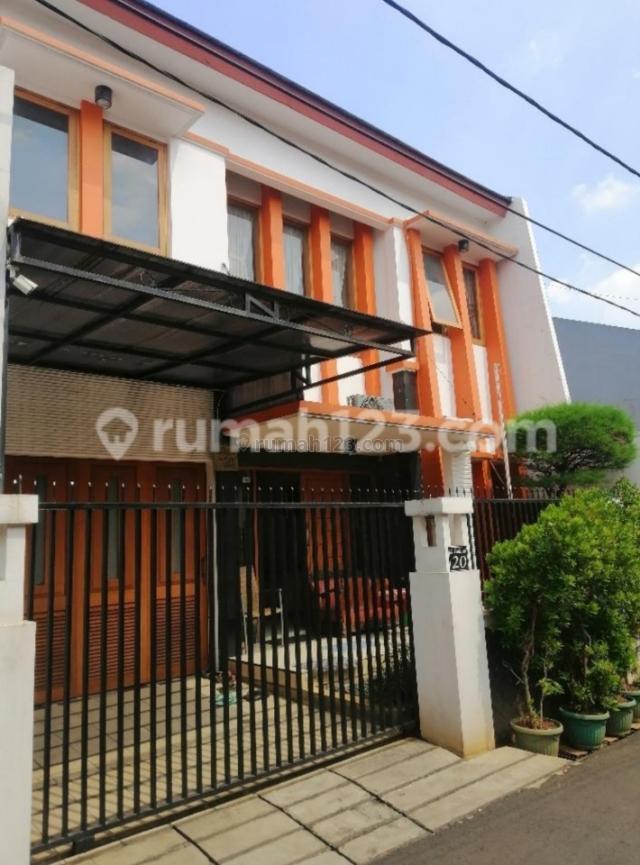 Rumah Cidodol Full Furnish, Kebayoran Lama, Jakarta Selatan
