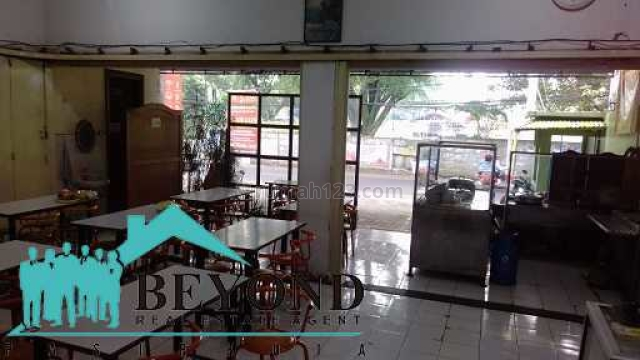 RUMAH TINGGAL + USAHA SEMI FURNISH DI LEMAHNENDEUT BANDUNG, Sukajadi, Bandung