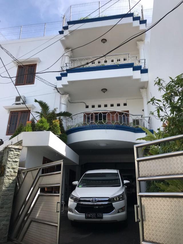 Rumah Kost Jl. Bangka, Kemang. JAKSEL Fully Furnished dan Terisi FULL!!!, Kemang, Jakarta Selatan