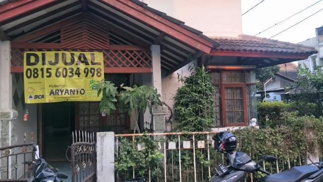Rumah Tinggal di komp Taman Kopo Indah 1,Hoek, Taman Kopo Indah, Bandung