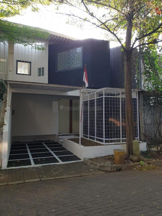 Rumah Mewah,dalam ruangan bersih di Pesanggrahan Jakarta Selatan, Pesanggarahan, Jakarta Selatan