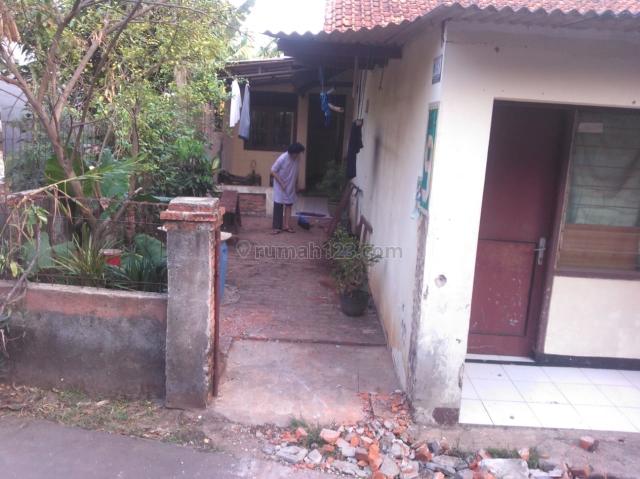 Rumah Lama butuh renovasi, Ciputat, Tangerang Selatan