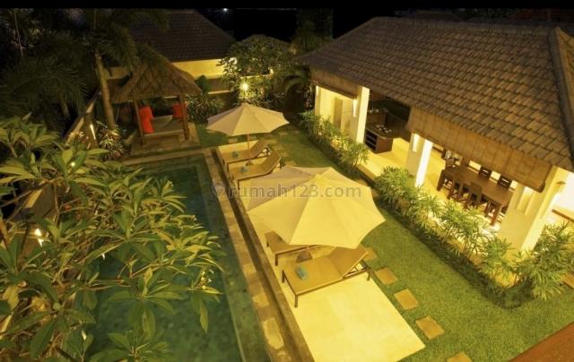 Modern Villa Just Walk To The Canggu Beach, Canggu, Badung