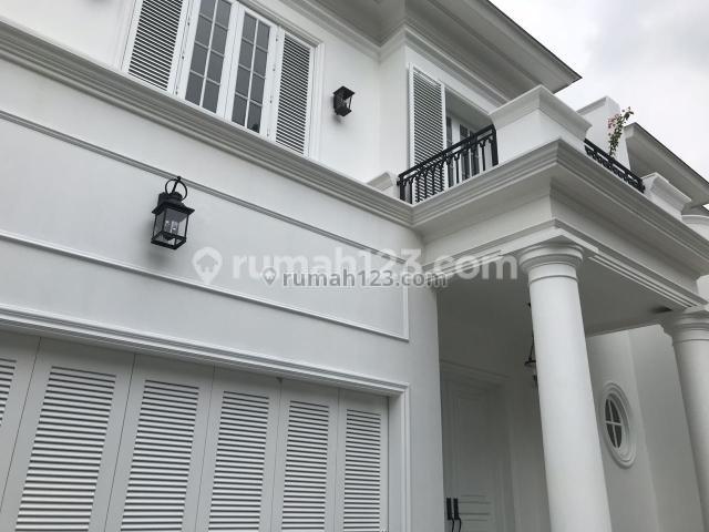 Rumah Baru Modern Classic Cozy dan Nyaman Lt435, Kemang, Jakarta Selatan