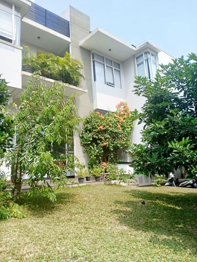 Telaga GOLF BSD Rumah ELITE DAMAI NYAMAN AMAN, SHM, Pilihan Tepat, BSD Telaga Golf, Tangerang