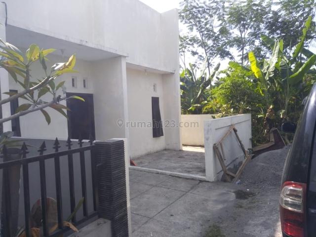rumah baru murah di wolter monginsidi, Pedurungan, Semarang