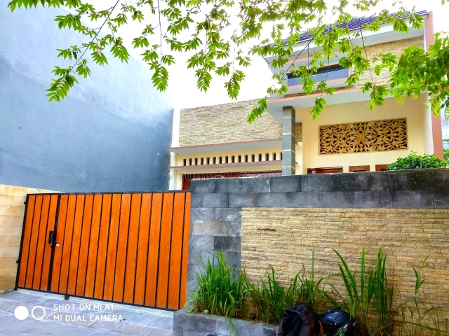 Rumah Mewah Kolam Renang Condong Catur Tanah Luas 300 Meter, Condong Catur, Sleman