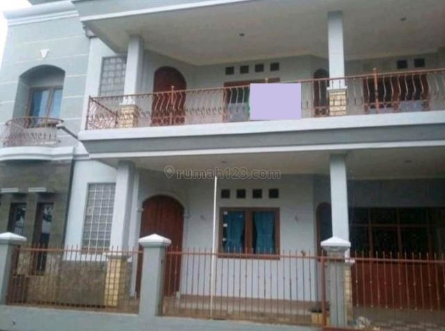 Rumah siap huni 2 lantai dalam komplek di Perluasan Arcamanik Bandung, Arcamanik, Bandung