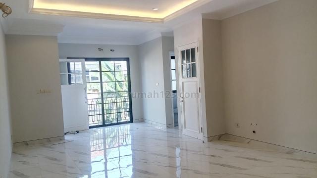 Rumah baru dalam townhouse Cilandak, selangkah ke jln Fatmawati, RS Mayapada, RS Fatmawati, dekat ke Citos, RS Setia Mintra, stasiun MRT Fatmawati, Toll TB Simatupan,, Cilandak, Jakarta Selatan