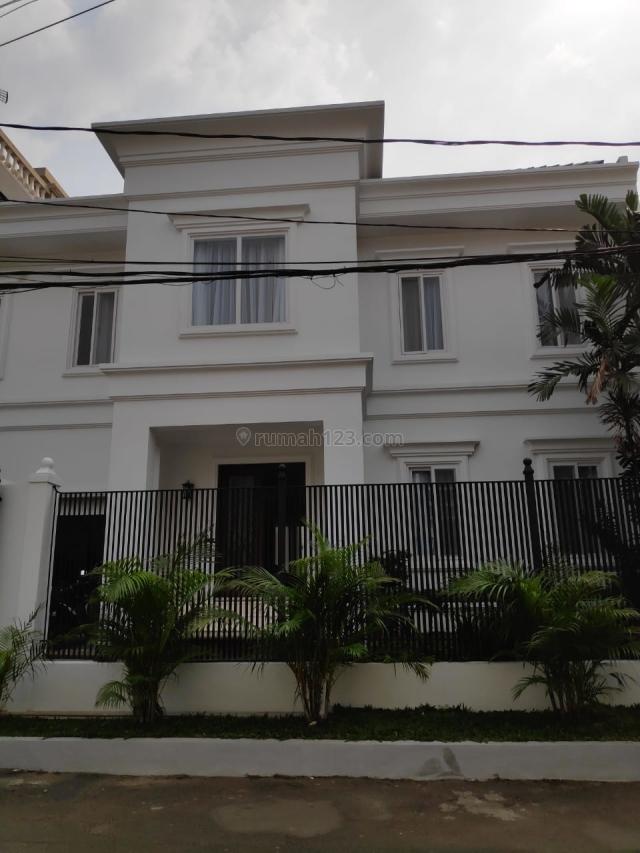brand new house, very nice, bright, swimming pool, Antasari, Jakarta Selatan