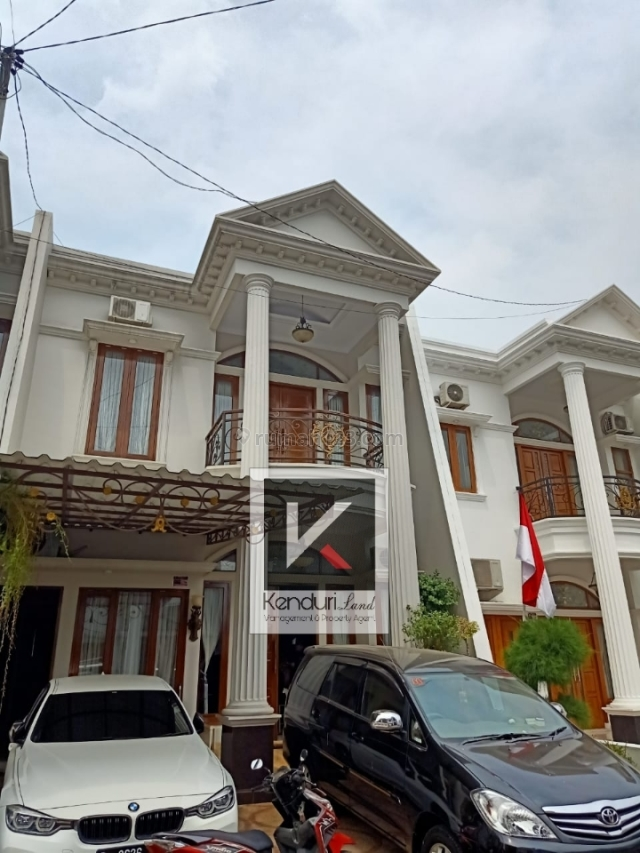 #HUNIAN MEWAH DAN CANTIK# Rumah Mewah 2 Lantai Dalam Cluster Pinggir Jalan, Jagakarsa, Jakarta Selatan