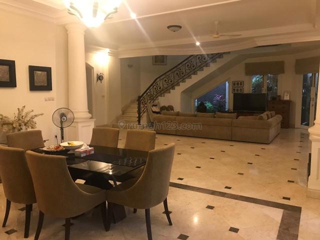 Rumah Mewah Luas di Kemang Dalam 4BR Ada Kolam Renang Siap Huni, Kemang, Jakarta Selatan