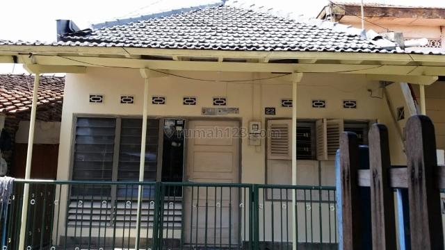 rumah murah di jl jayengan (blkg pasar bulu), Barusari, Semarang
